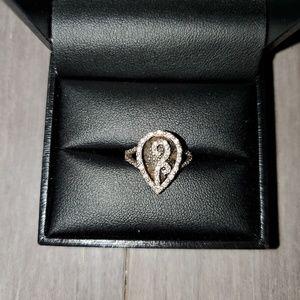 Samuels Jewelers 1/4 tcw diamond ring sz 4